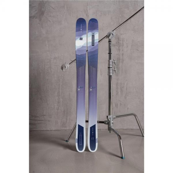 Ski ARMADA TANTRUM 2022